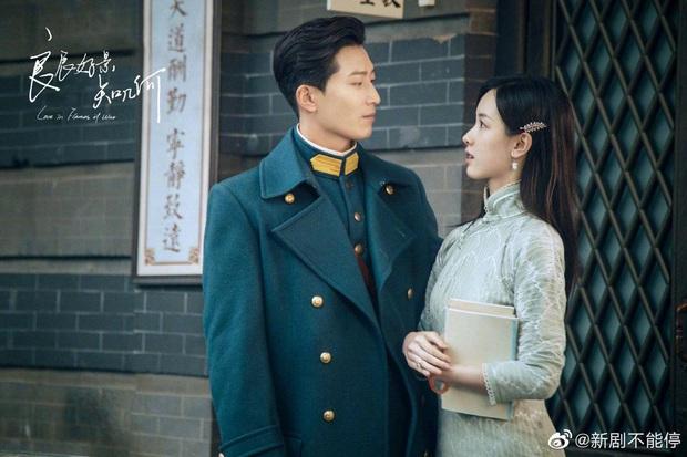 Đậu Kiêu bóp chân cho hoa khôi học đường Trần Đô Linh trong phim mới, bạn gái đại gia có ghen không nhỉ? - Ảnh 2.
