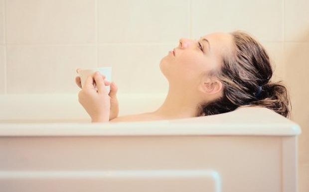 4 nguyên nhân phổ biến khiến ngực của phái nữ bị chảy xệ và 3 cách giúp ngăn ngừa tình trạng này - Ảnh 5.