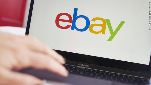 """Nhân viên eBay dùng gián, ấu trùng, nhện """"khủng bố"""" blogger chỉ trích công ty - Ảnh 1."""