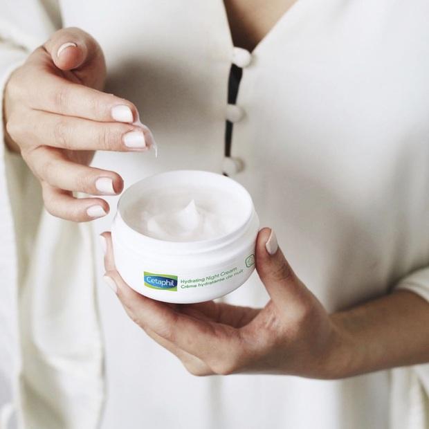 6 lọ kem dưỡng ban đêm giúp phục hồi và trẻ hóa làn da đỉnh đến nỗi các bác sĩ hết lòng khuyên chị em nên dùng thử - Ảnh 1.