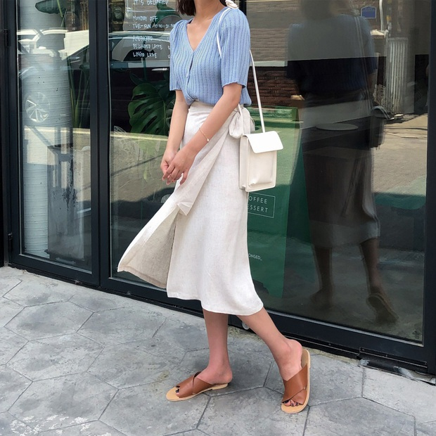 4 mẫu chân váy đang hot rần rần và gần như ai diện cũng đẹp, sắm thiếu thì style hè của bạn cũng chán hẳn - Ảnh 4.
