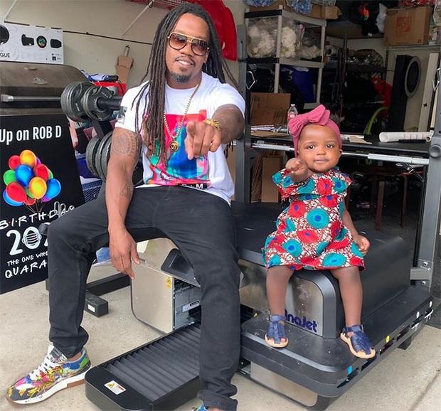 Ông bố trẻ lên mạng review chê bai nhà hàng của cô con gái 2 tuổi khiến dân mạng phải cười bò - Ảnh 9.