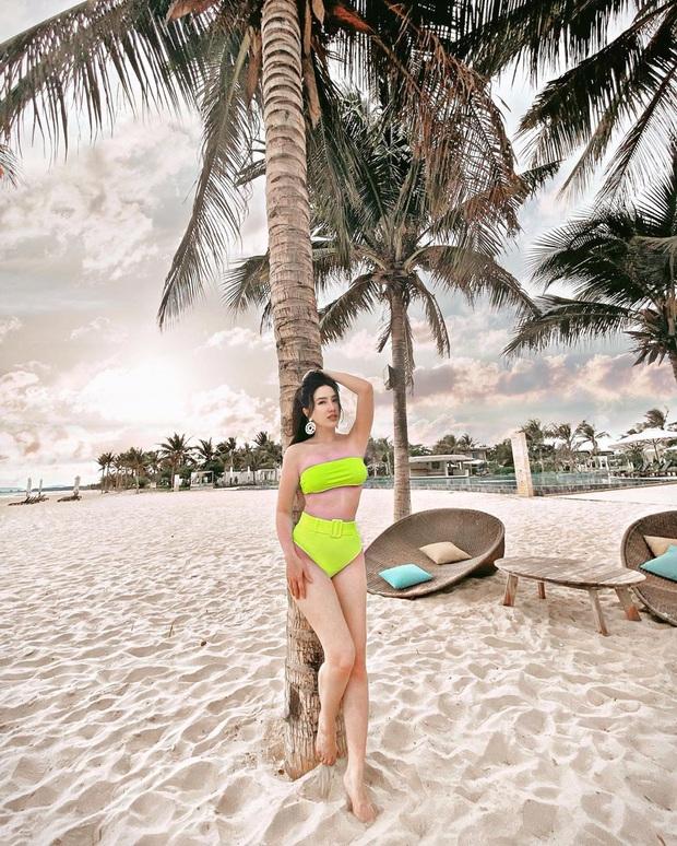 Không có gì ngoài nhan sắc và điều kiện, Bảo Thy du lịch sang chảnh khoe BST đồ bơi hàng khủng: Bất ngờ là diện càng kín lại càng sexy - Ảnh 2.
