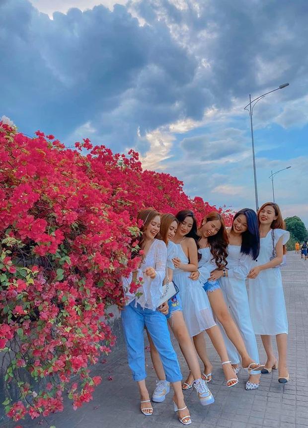 Xuất hiện cây cầu hoa giấy bạt ngàn, team Hà Nội lại có thêm một khu xinh xắn để tha hồ check-in - Ảnh 8.