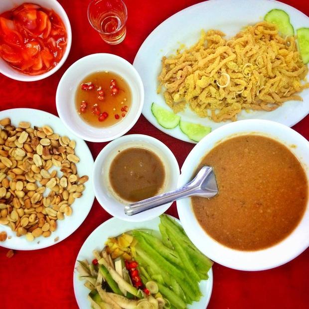 """Món gỏi """"cầu kỳ"""" nhất Việt Nam: Từ tên gọi, nguyên liệu đến cách thưởng thức đều phức tạp, có tiền chưa chắc ăn được - Ảnh 13."""