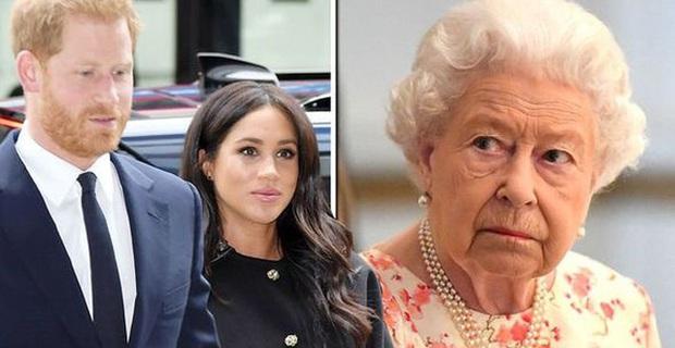 Vợ chồng Meghan Markle và Harry được phép rời bỏ gia đình Hoàng tộc, nhưng con trai 1 tuổi của họ thì không? - Ảnh 3.