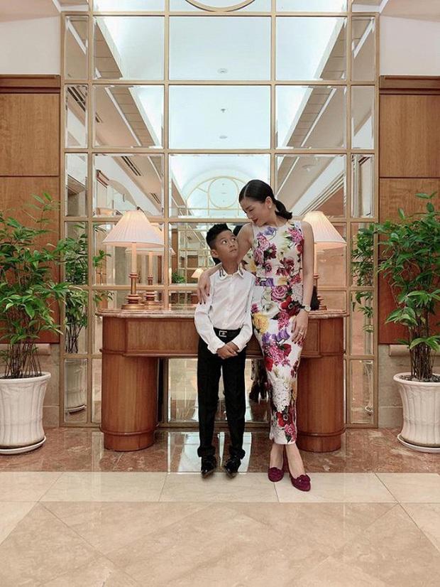 Con trai Lệ Quyên gây bất ngờ vì vóc dáng lớn phổng phao, cao gần bằng mẹ ở tuổi lên 9 - Ảnh 5.