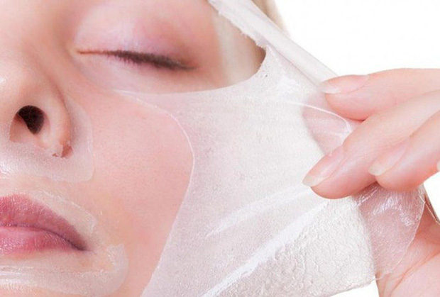 Thiếu nữ 17 tuổi hỏng mặt do dùng mỹ phẩm lột trắng da - Ảnh 1.