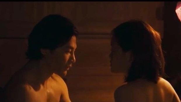7 cảnh nóng từng gây chấn động làng phim Việt: Số Đỏ tưởng bị cấm chiếu nhưng vẫn lội ngược dòng với vô vàn cảnh gợi cảm - Ảnh 14.