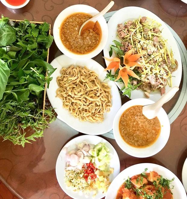 """Món gỏi """"cầu kỳ"""" nhất Việt Nam: Từ tên gọi, nguyên liệu đến cách thưởng thức đều phức tạp, có tiền chưa chắc ăn được - Ảnh 11."""