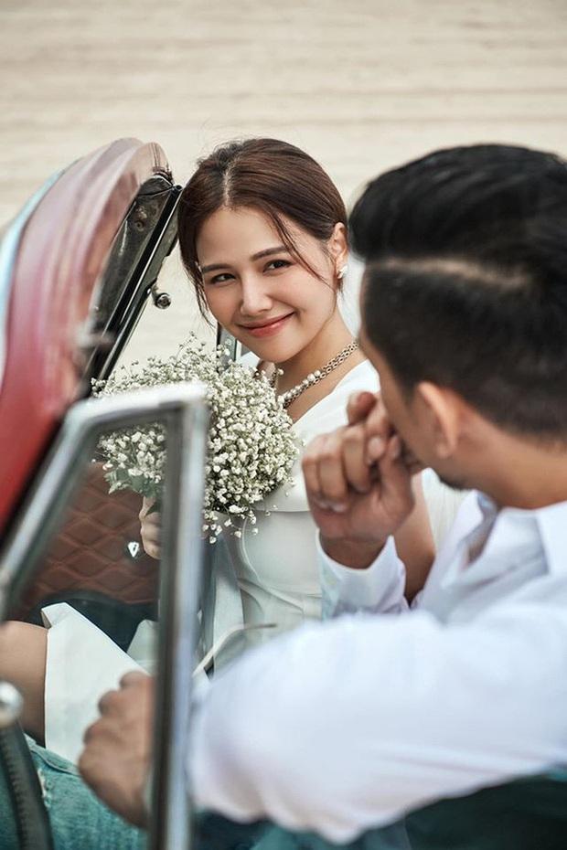Hé lộ loạt ảnh đầu tiên của dàn sao trong tiệc cưới Phanh Lee: Quỳnh Nga, Vân Hugo lên đồ sang chảnh, rạng rỡ mừng hạnh phúc bạn thân! - Ảnh 4.