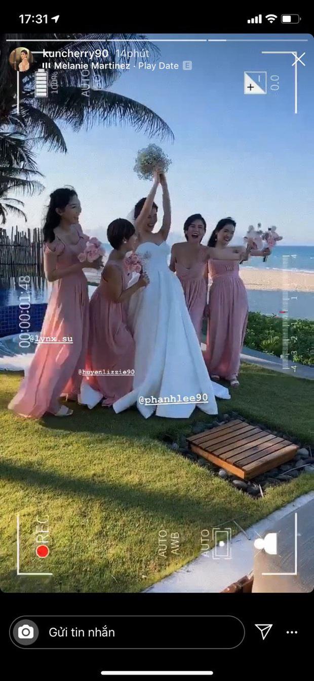 Đám cưới Phanh Lee và tổng giám đốc tập đoàn nghìn tỷ: Cô dâu xinh đẹp rạng rỡ, MC Thu Hoài - Huyền Lizzie làm phù dâu - Ảnh 3.