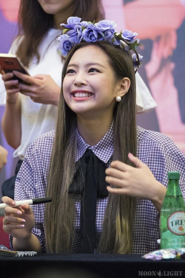 Công chúa YG Jennie (BLACKPINK): Từ cô bé Hàn Kiều đến nữ idol nổi tiếng toàn cầu và vén màn nghi vấn biệt đãi - Ảnh 12.