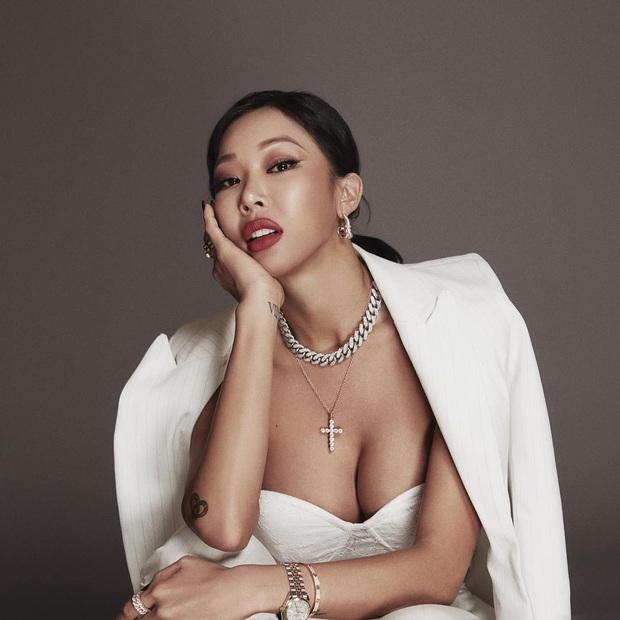 """""""Girlgroup trong mơ"""" mà Lee Hyori đích thân chọn: Toàn các """"chị đại"""" sexy, chỉ đúng 1 nữ idol Gen 3 góp mặt nhưng nhìn là biết không ai """"chơi"""" lại! - Ảnh 5."""
