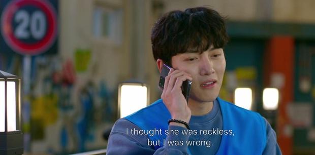 Ji Chang Wook say bí tỉ bị Kim Yoo Jung đánh đầu tóe lửa vì nói mớ tên người yêu ở tập 2 Backstreet Rookie - Ảnh 13.