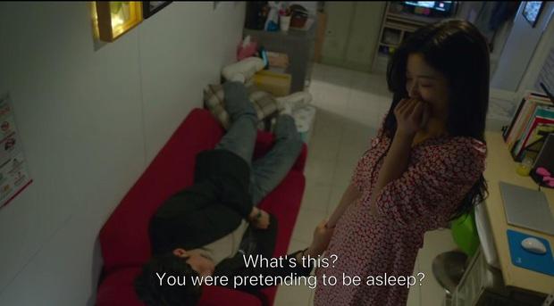 Ji Chang Wook say bí tỉ bị Kim Yoo Jung đánh đầu tóe lửa vì nói mớ tên người yêu ở tập 2 Backstreet Rookie - Ảnh 5.