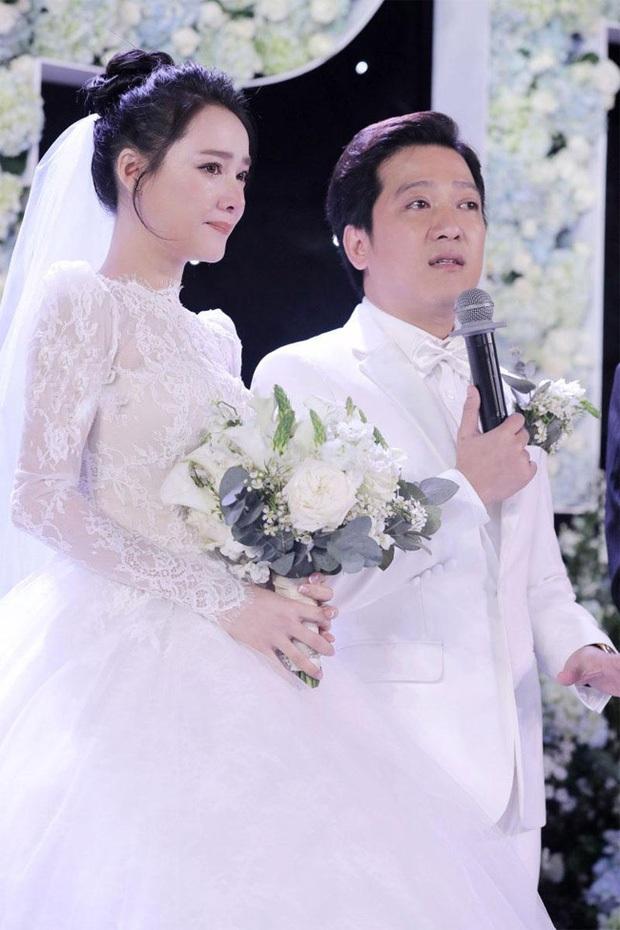 Đám cưới càng kín càng hot của sao Vbiz: Tóc Tiên và bộ đôi Trường Giang - Trấn Thành đánh úp, Phanh Lee quyết giữ kín điều này - Ảnh 19.
