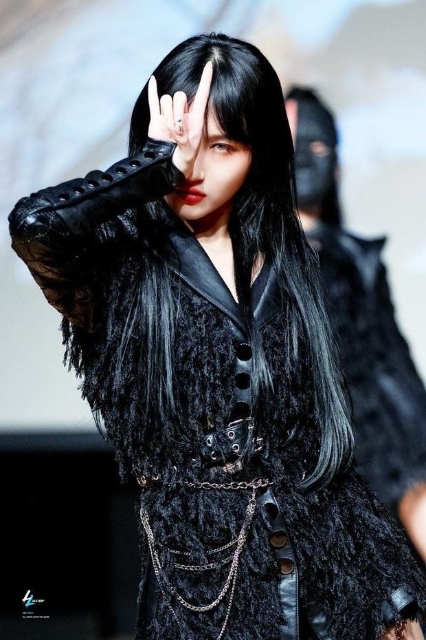 Nữ Idol Kpop khiến netizen tấm tắc khen giọng hát: Các chị đại BoA, Lee Hyori, Taeyeon (SNSD) đều góp phần nhưng nữ ca sĩ đàn em lại được đánh giá hàng đầu  - Ảnh 12.