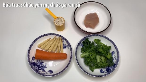 Muốn ăn kiêng bằng yến mạch, loại tinh bột vừa ngon vừa không béo, thử ngay thực đơn giảm cân cấp tốc trong 1 ngày của Uyên Pu - Ảnh 7.