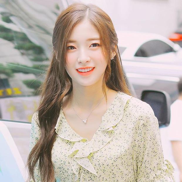 30 nữ idol Kpop hot nhất hiện nay: Hạng 1 mới nổi đánh bại Jennie - Irene, thứ hạng TWICE không ấn tượng dù comeback rầm rộ - Ảnh 1.