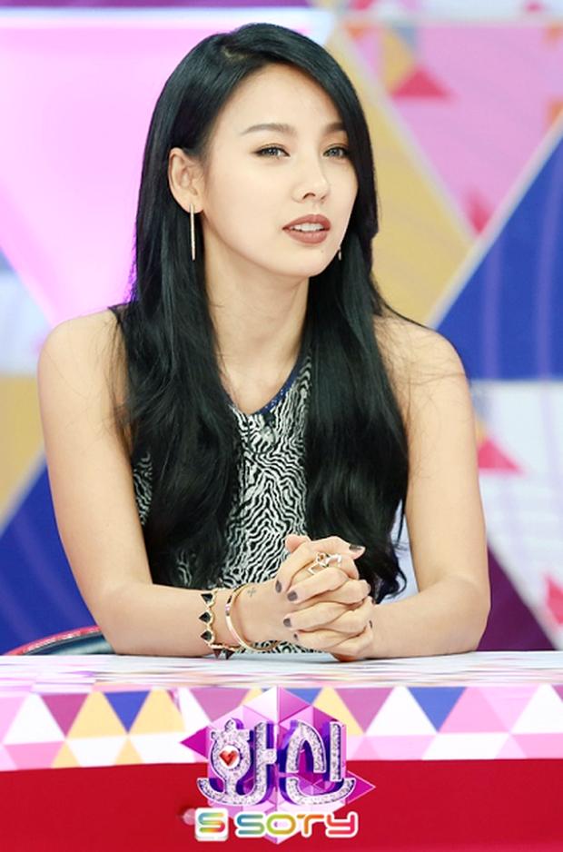 """""""Girlgroup trong mơ"""" mà Lee Hyori đích thân chọn: Toàn các """"chị đại"""" sexy, chỉ đúng 1 nữ idol Gen 3 góp mặt nhưng nhìn là biết không ai """"chơi"""" lại! - Ảnh 1."""