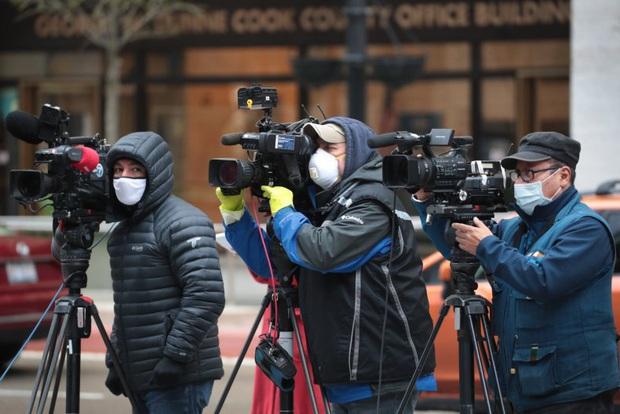 Chùm ảnh: vì sao phóng viên, nhà báo lại là một trong những nghề nguy hiểm nhất thế giới - Ảnh 7.