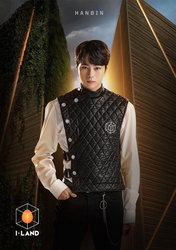 Dàn thí sinh của Big Hit gây tranh cãi khi nhan sắc thật không long lanh như poster, có cả Hanbin (Việt Nam) - Ảnh 1.