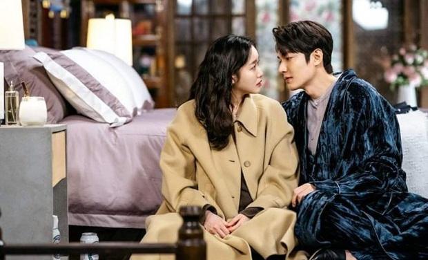 Quân Vương Bất Diệt thành tích bết bát nhưng biên kịch Kim Eun Sook vẫn nhận cát xê khủng không thua gì Lee Min Ho - Ảnh 3.
