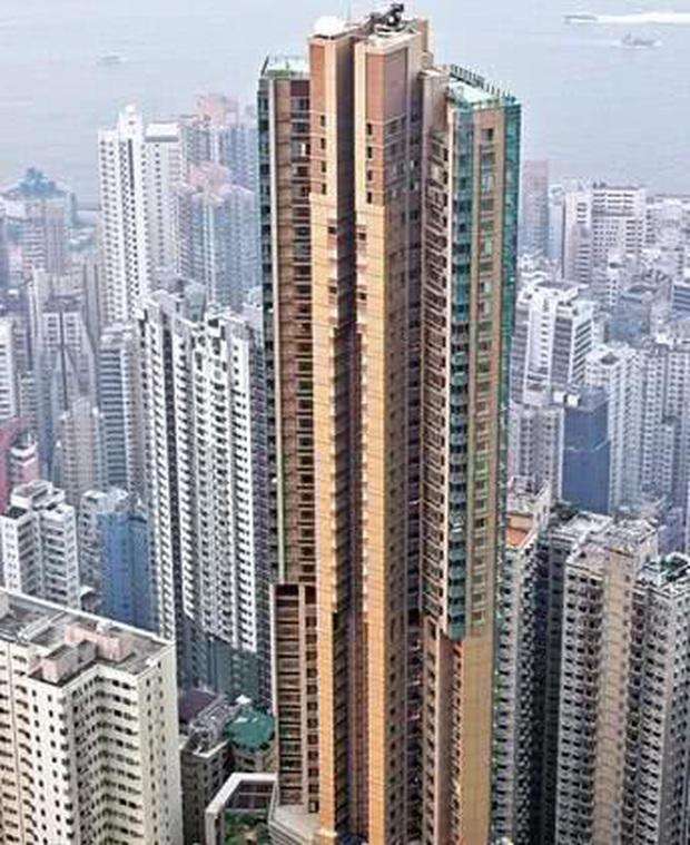 Cuộc sống xa hoa của Angela Baby: Biệt thự bạc tỷ rộng 700m2 trang hoàng như khách sạn 5 sao, ốp điện thoại da cá sấu đắt đỏ - Ảnh 7.