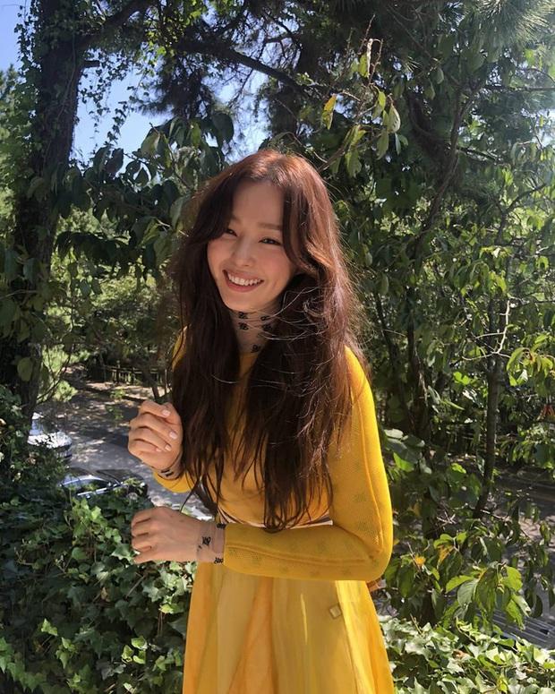 Hoa hậu Hàn đẹp nhất thế giới Honey Lee: Style sự kiện chanh sả bao nhiêu thì style đời thường lại cool bấy nhiêu - Ảnh 9.