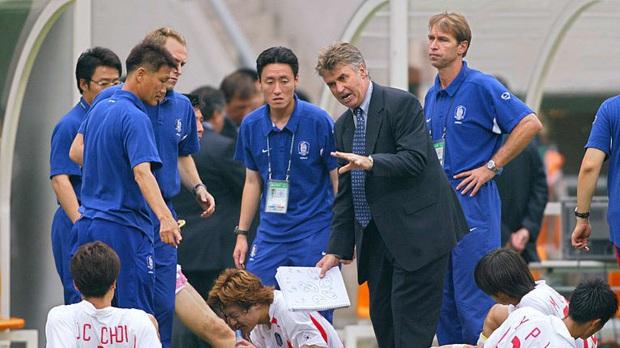 HLV Park Hang-seo nói về kỳ tích hạnh phúc cùng Hàn Quốc ở World Cup, từng bị coi là nỗi hổ thẹn châu Á - Ảnh 2.