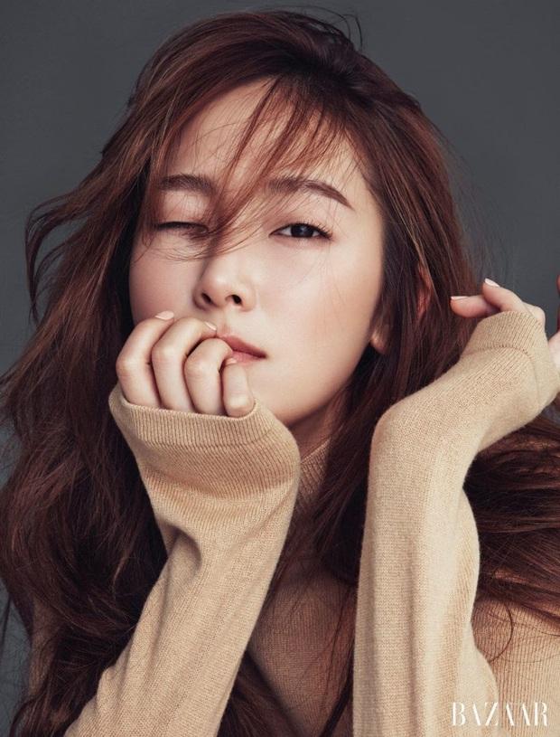 5 vụ nói dối chấn động Kbiz: Lùm xùm Jessica - SNSD và màn kịch của mỹ nhân Thư ký Kim chưa sốc bằng vụ nhổ 12 chiếc răng - Ảnh 3.