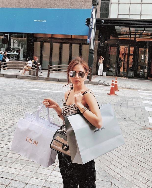 Chưa cần lên xe hoa với chồng CEO, Phương Anh đã là đại gia của chính mình với BST Chanel, Dior... nhiều không kể xiết - Ảnh 1.