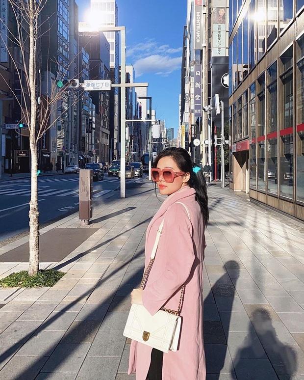 Chưa cần lên xe hoa với chồng CEO, Phương Anh đã là đại gia của chính mình với BST Chanel, Dior... nhiều không kể xiết - Ảnh 14.