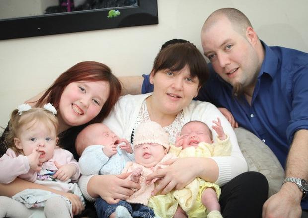Hy hữu: Bà mẹ sinh liền 4 đứa con chỉ trong vòng 11 tháng - Ảnh 3.