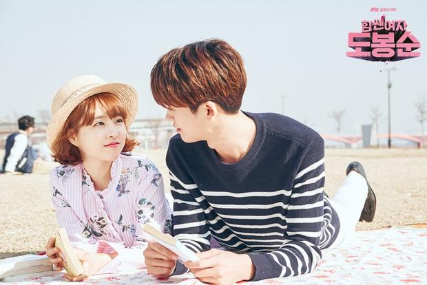 5 cặp màn ảnh tình như hẹn hò thật: Hyun Bin - Son Ye Jin, Park Shin Hye lộ bằng chứng, couple Thư ký Kim gây sốc vì quá gắt - Ảnh 26.