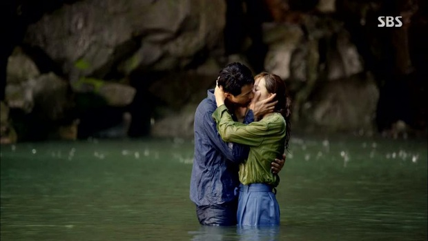 5 cặp màn ảnh tình như hẹn hò thật: Hyun Bin - Son Ye Jin, Park Shin Hye lộ bằng chứng, couple Thư ký Kim gây sốc vì quá gắt - Ảnh 23.