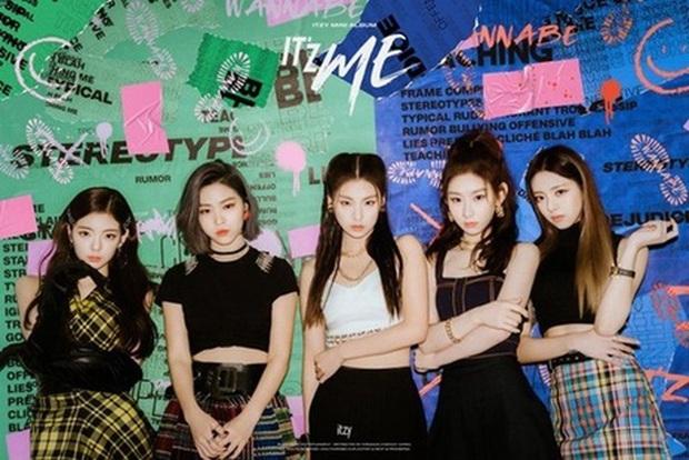 ITZY xác nhận chuẩn bị comeback nhưng fan lo hơn là mừng: JYP lặp vòng lặp bóc lột đến mức thuộc lòng, GOT7, DAY6 và TWICE chuẩn bị lên thớt? - Ảnh 2.