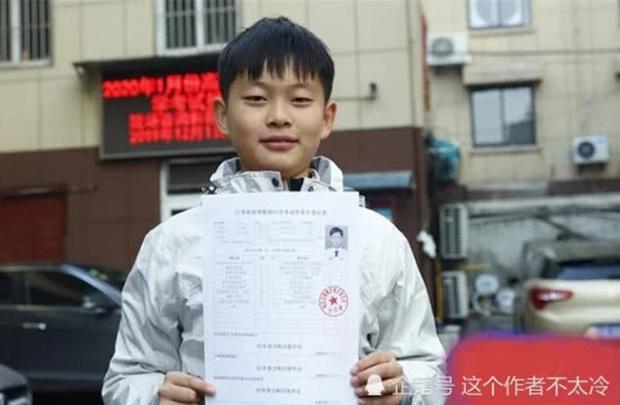 Cậu bé bị bố bắt cởi trần giữa tuyết rơi ngày ấy - bây giờ: Lập 11 kỷ lục Guinness nhưng bất ngờ nhất là điều sắp làm ở tuổi 12 - Ảnh 5.