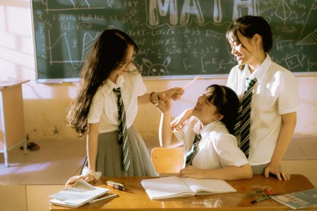 Bộ kỷ yếu màu nắng đẹp đỉnh cao của học sinh cuối cấp: Trong trẻo, đong đầy cảm xúc như tuổi học trò vậy - Ảnh 5.