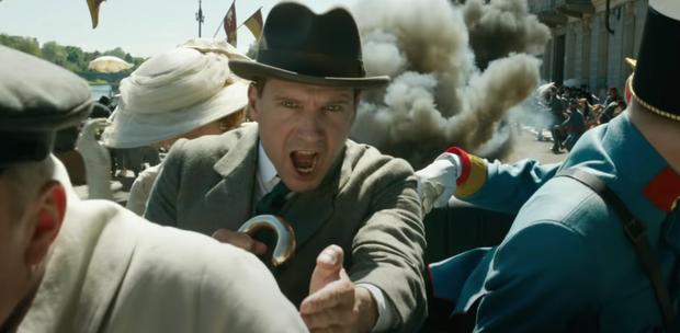 The Kings Man tung trailer đấm đá siêu ngầu, khán giả quốc tế hoang mang: Ra rạp làm sao giữa mùa dịch?  - Ảnh 17.