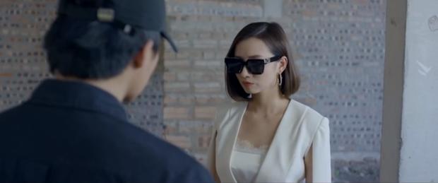 Tình Yêu và Tham Vọng tập 28 căng như phim hành động, Lã Thanh Huyền siêu ngầu vẫn để mất bồ trong tích tắc - Ảnh 1.
