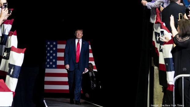 Giấc mơ Mỹ chấm dứt: Tổng thống Trump ngưng cấp visa lao động cho người nước ngoài tại Mỹ tới hết năm 2020 - Ảnh 2.