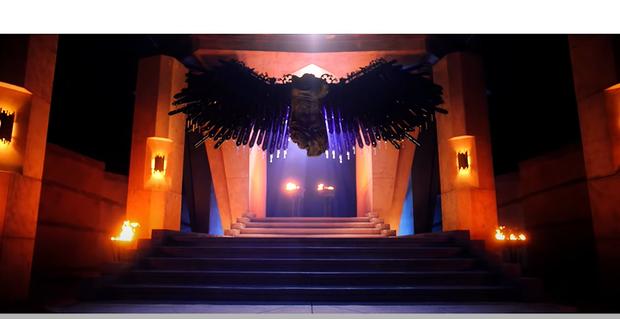 Ẩn ý trong teaser MV mới của BLACKPINK: Là phần 2 của Kill This Love, Jisoo hoá thân thành Nữ thần Công lý Themis, bức tượng có cánh bí ẩn là ai? - Ảnh 2.