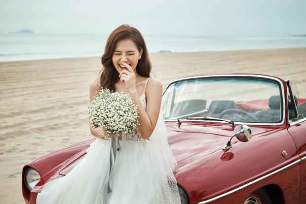 Phanh Lee chính thức khoe loạt ảnh cưới với chồng đại gia, lên rừng xuống biển tạo dáng nhưng vẫn quyết tâm giấu mặt người ấy - Ảnh 6.