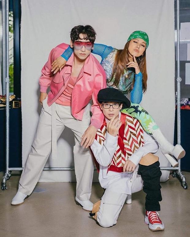 Tạm quên cơn bão BLACKPINK, bộ ba Bi Rain, Lee Hyori và Jaesuk vừa tung bộ ảnh debut căng đét, nhóm nhạc khủng long Kpop là đây chứ đâu! - Ảnh 1.