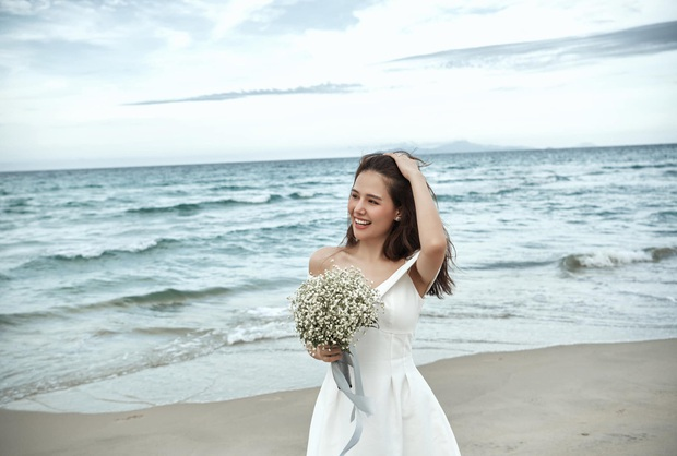 Phanh Lee chính thức khoe loạt ảnh cưới với chồng đại gia, lên rừng xuống biển tạo dáng nhưng vẫn quyết tâm giấu mặt người ấy - Ảnh 8.