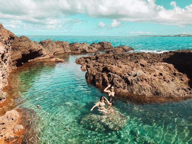 Một hòn đảo bí ẩn của Việt Nam xuất hiện đẹp như thiên đường, dù mới chỉ nhìn qua ảnh thôi đã thấy mê rồi - Ảnh 2.
