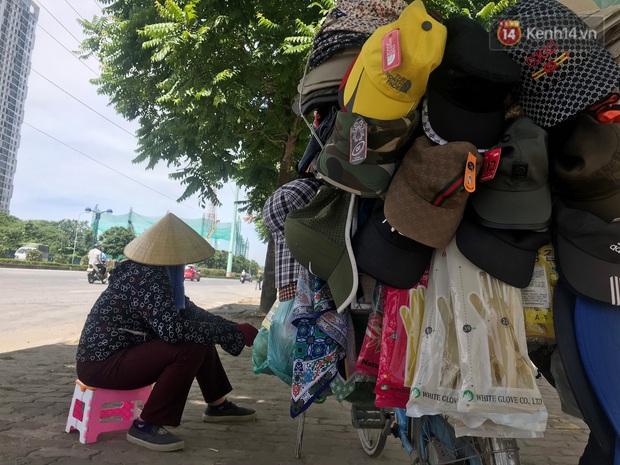 """Dân nghèo ở Hà Nội gồng mình mưu sinh dưới nắng nóng đỉnh điểm: """"Đội nắng nhặt 100 vỏ lon nhôm, bán được 15 nghìn đồng nhưng vẫn phải cố"""" - Ảnh 2."""