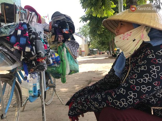 """Dân nghèo ở Hà Nội gồng mình mưu sinh dưới nắng nóng đỉnh điểm: """"Đội nắng nhặt 100 vỏ lon nhôm, bán được 15 nghìn đồng nhưng vẫn phải cố"""" - Ảnh 3."""